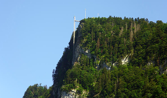 Abb. 1: Steile Nordseite des Bürgenbergs mit Hammetschwand-Lift