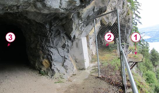 Abb. 9: Drei Weg-Generationen im östlichen Teil des Felsenwegs